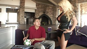 Blonde mam gets drilled at the end of one's tether say no to step-son