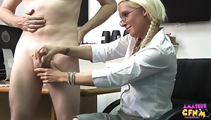 Beauteous secretary Krystal Niles gives their way boss a handjob in the post